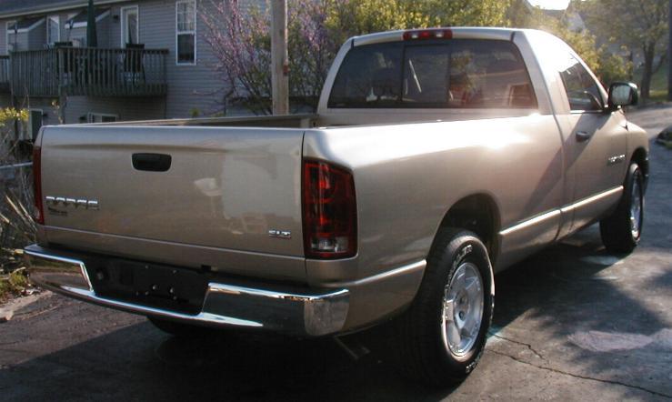 2004 Dodge 1500 Rear